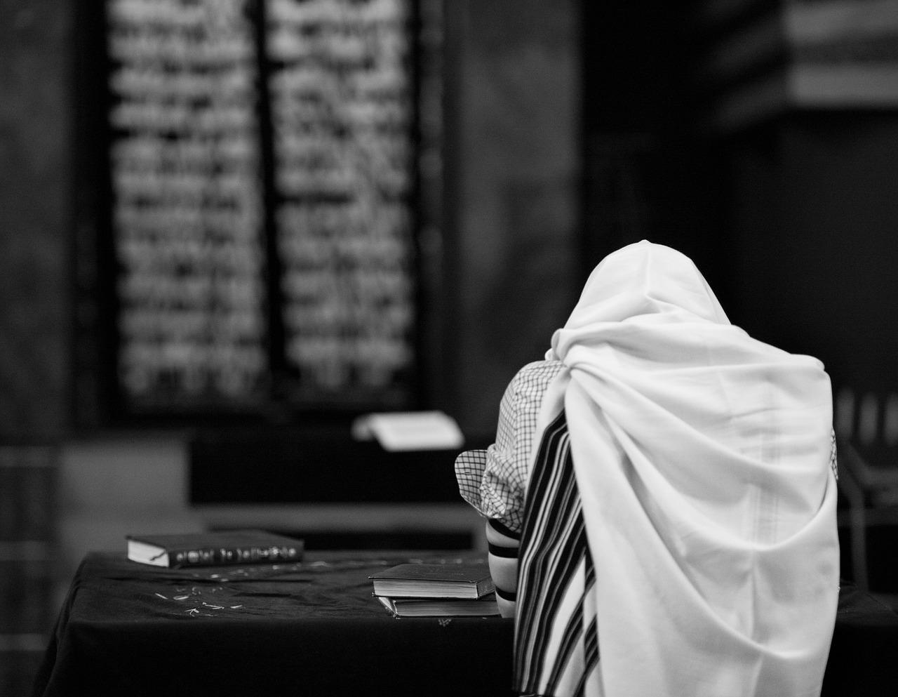 איש מתפלל